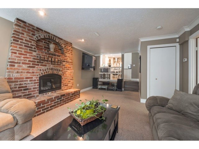 26789 32 AVENUE - Aldergrove Langley House/Single Family for sale, 3 Bedrooms (R2354850) #9