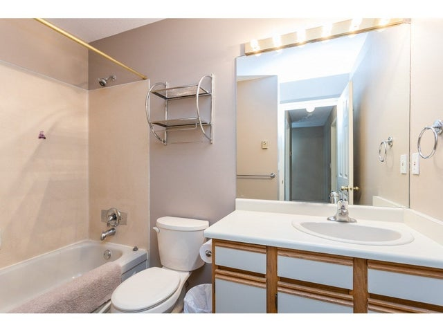 8 26727  30A AVENUE - Aldergrove Langley Townhouse for sale, 3 Bedrooms (R2450008) #17