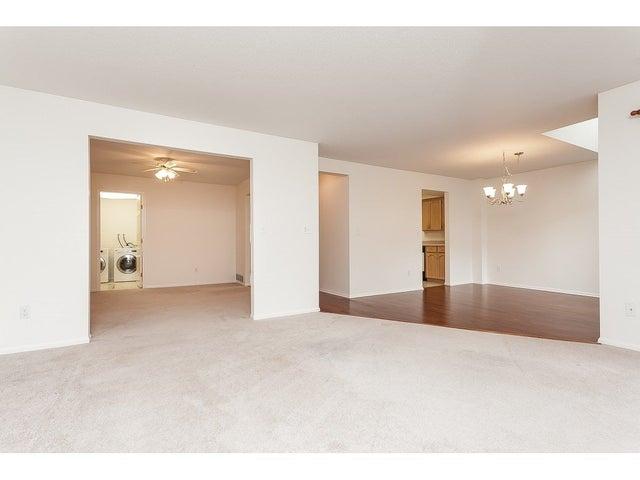 1401 21937 48 AVENUE - Murrayville Townhouse for sale, 2 Bedrooms (R2472519) #33