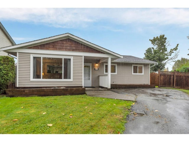 3373 270 STREET - Aldergrove Langley House/Single Family for sale, 3 Bedrooms (R2500822) #1