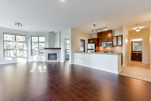 106 1468 ST. ANDREWS AVENUE - Central Lonsdale Apartment/Condo for sale, 2 Bedrooms (R2522194) #1