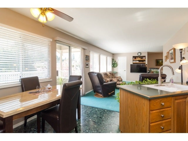 125 20391 96TH AVENUE - Walnut Grove Townhouse for sale, 2 Bedrooms (R2053140) #10