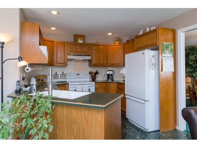 125 20391 96TH AVENUE - Walnut Grove Townhouse for sale, 2 Bedrooms (R2053140) #8