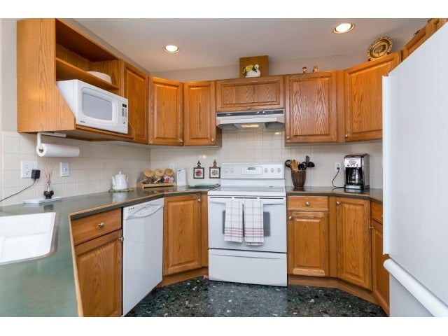 125 20391 96TH AVENUE - Walnut Grove Townhouse for sale, 2 Bedrooms (R2053140) #9