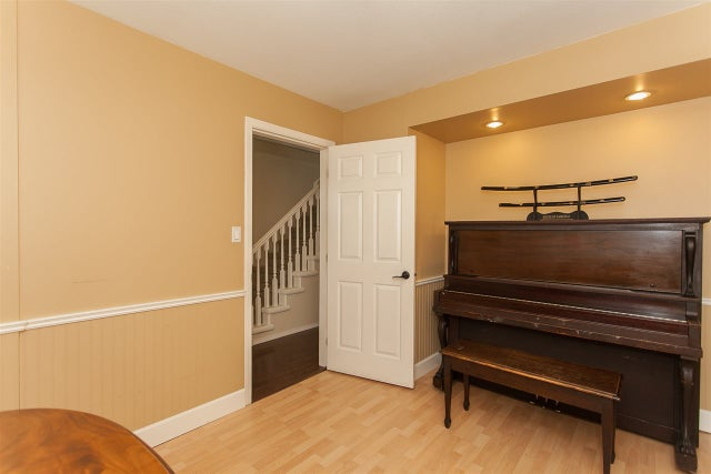 2889 270A STREET - Aldergrove Langley House/Single Family for sale, 5 Bedrooms (R2209584) #4