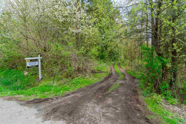 26610 60TH AVENUE - County Line Glen Valley House with Acreage for sale, 3 Bedrooms (R2210183) #1