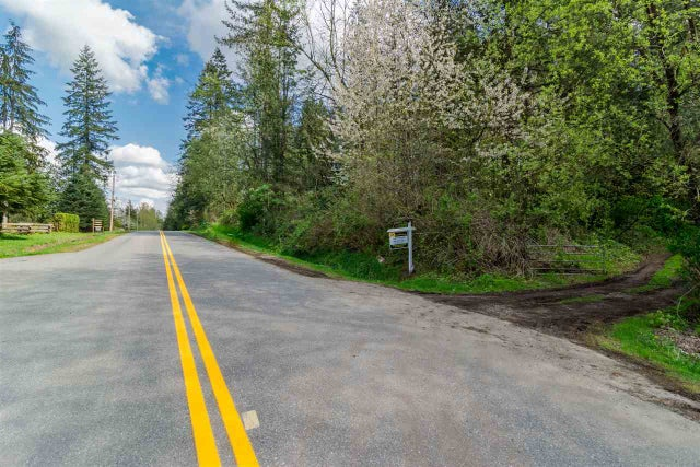 26610 60TH AVENUE - County Line Glen Valley House with Acreage for sale, 3 Bedrooms (R2210183) #2
