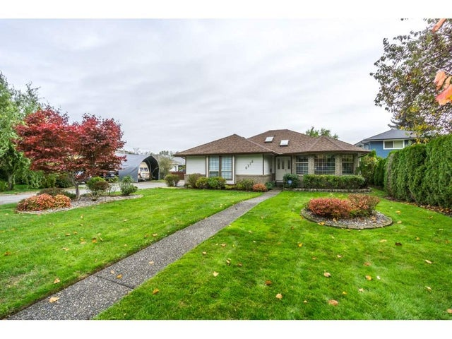6378 188 STREET - Cloverdale BC House/Single Family for sale, 3 Bedrooms (R2218471) #1