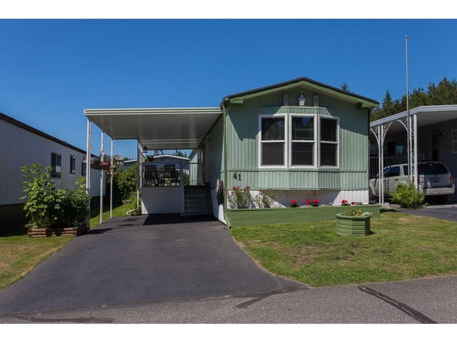 41 2315 198 STREET - Brookswood Langley Manufactured for sale, 2 Bedrooms (R2244463) #1