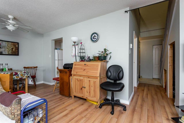27 20307 53RD AVENUE - Langley City Townhouse for sale, 3 Bedrooms (R2360347) #11