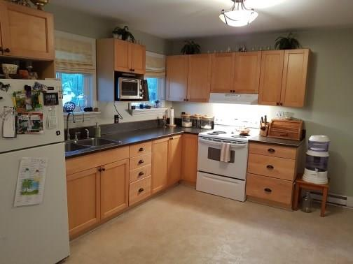 #3 6690 21ST Street - Grand Forks Row / Townhouse for sale, 3 Bedrooms (2438706) #1