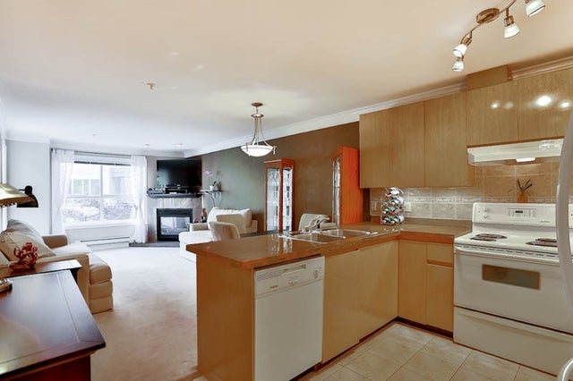 215 8115 121A STREET - Queen Mary Park Surrey Apartment/Condo for sale, 1 Bedroom (R2065770) #3