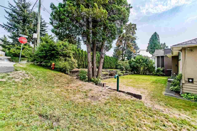 342 MUNDY STREET - Central Coquitlam House/Single Family for sale, 5 Bedrooms (R2496947) #2