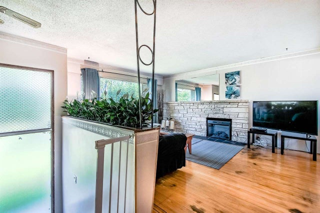 342 MUNDY STREET - Central Coquitlam House/Single Family for sale, 5 Bedrooms (R2496947) #4