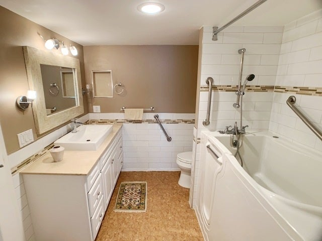 205-2445 West 3rd Avenue Vancouver B.C. V6K 4K6 - Kitsilano Apartment/Condo for sale, 1 Bedroom (R2420207) #9