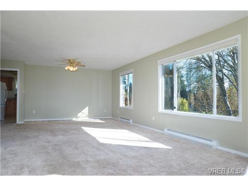 1194 Waterlily Lane - La Glen Lake Single Family Detached for sale, 4 Bedrooms (362800) #2