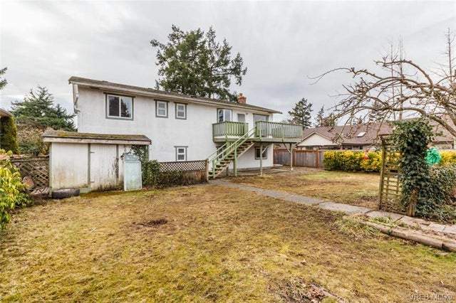 2150 Malaview Ave - Si Sidney North-East Single Family Detached for sale, 4 Bedrooms (374090) #17
