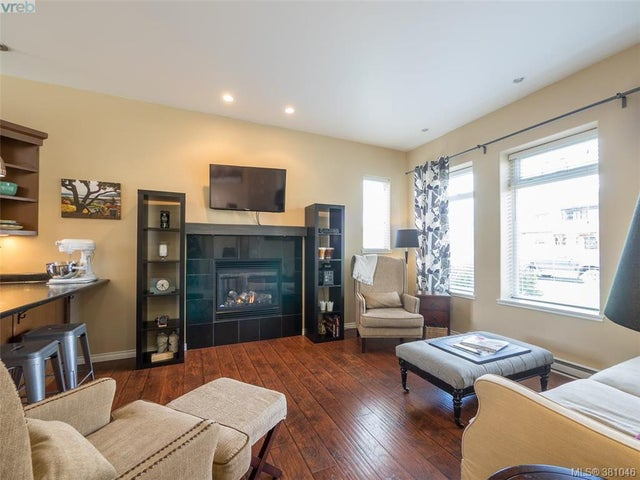 2477 Orchard Ave - Si Sidney South-East Single Family Detached for sale, 4 Bedrooms (381046) #4
