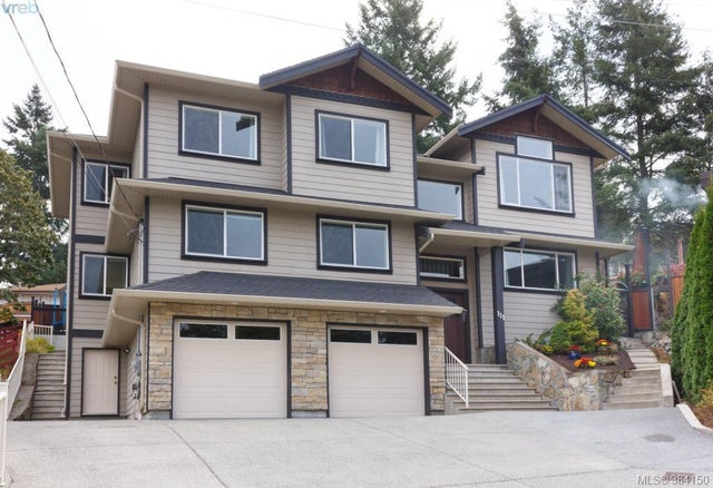 111 Valiant Pl - La Thetis Heights Single Family Detached for sale, 5 Bedrooms (384150) #1