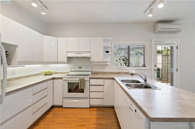 54 4318 Emily Carr Dr - SE Broadmead Row/Townhouse for sale, 2 Bedrooms (423506) #8