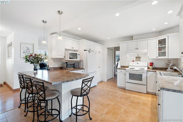 8656 Bourne Terr - NS Bazan Bay Single Family Detached for sale, 4 Bedrooms (424352) #16