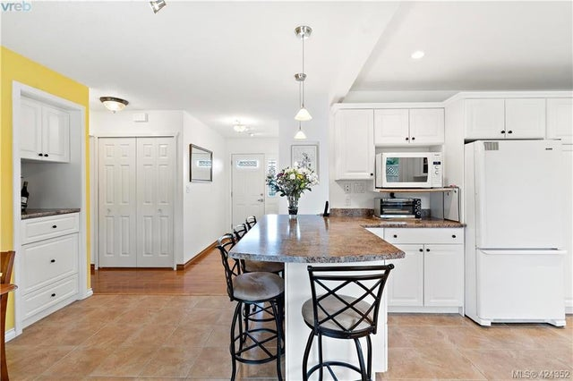 8656 Bourne Terr - NS Bazan Bay Single Family Detached for sale, 4 Bedrooms (424352) #17