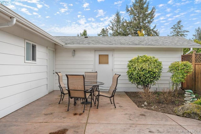 8656 Bourne Terr - NS Bazan Bay Single Family Detached for sale, 4 Bedrooms (424352) #28
