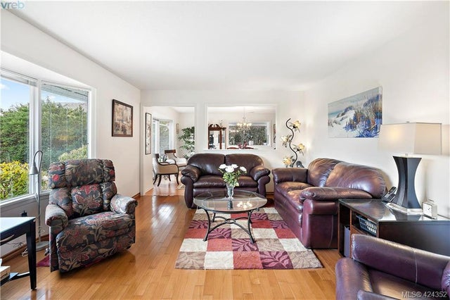 8656 Bourne Terr - NS Bazan Bay Single Family Detached for sale, 4 Bedrooms (424352) #4