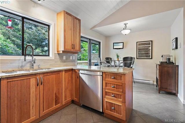 2440 Eastgate Pl - CS Tanner Single Family Detached for sale, 4 Bedrooms (425941) #17