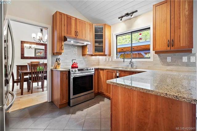 2440 Eastgate Pl - CS Tanner Single Family Detached for sale, 4 Bedrooms (425941) #6