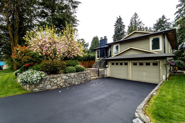 3087 HOSKINS ROAD - Lynn Valley House/Single Family for sale, 6 Bedrooms (R2168869)
