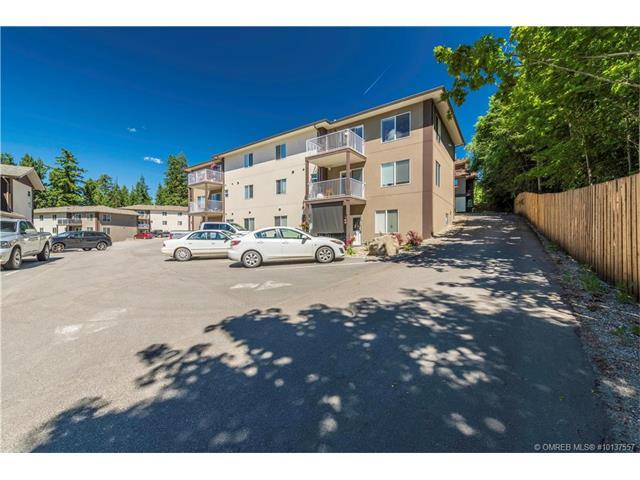 403 - 1449 1 Avenue Northeast  - Salmon Arm Row / Townhouse for sale, 3 Bedrooms (10137557)