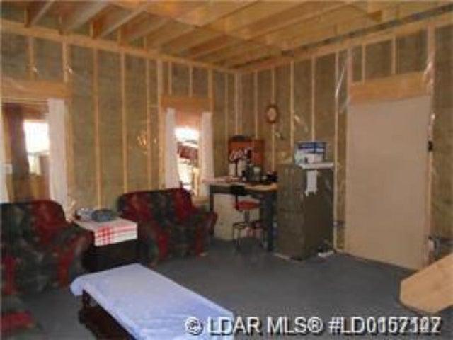 210 Hamilton Avenue - Other Detached for sale, 1 Bedroom (A1096107) #4