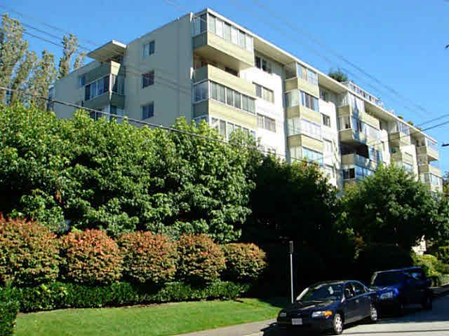 211 1425 ESQUIMALT AVENUE - Ambleside Apartment/Condo for sale, 1 Bedroom (V1085207) #1