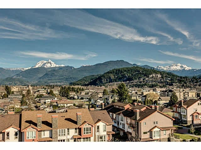 204 1212 MAIN STREET - Downtown SQ Apartment/Condo for sale, 2 Bedrooms (R2055221) #1