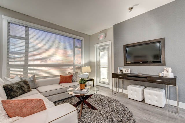 D211 20211 66TH AVENUE - Willoughby Heights Apartment/Condo for sale, 2 Bedrooms (R2146133) #1