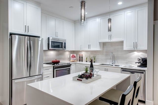 D211 20211 66TH AVENUE - Willoughby Heights Apartment/Condo for sale, 2 Bedrooms (R2146133) #2