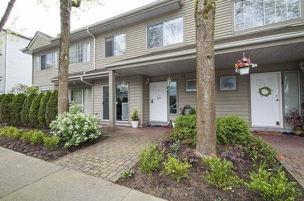 7 815 TOBRUCK AVENUE - VNVHM Townhouse for sale, 3 Bedrooms (R2163777) #1