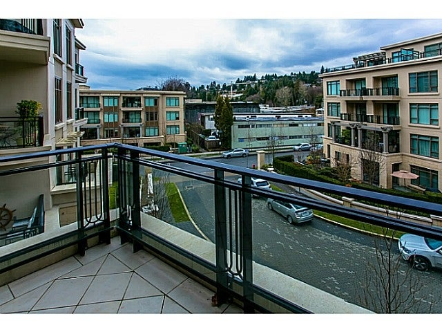 # 303 540 WATERS EDGE CR - Park Royal Apartment/Condo for sale, 2 Bedrooms (V987599) #6