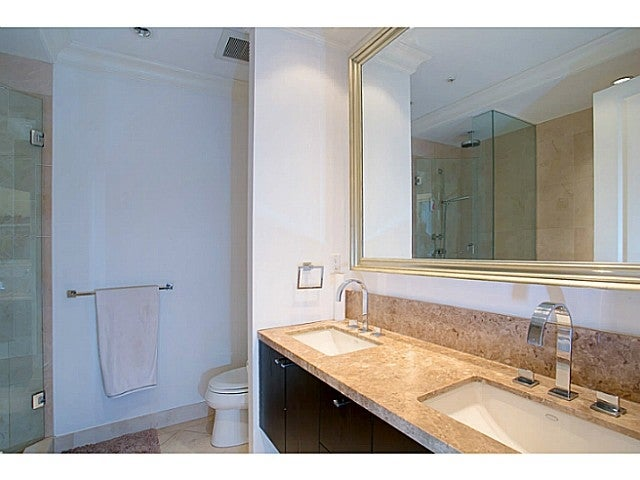 # 303 540 WATERS EDGE CR - Park Royal Apartment/Condo for sale, 2 Bedrooms (V987599) #3