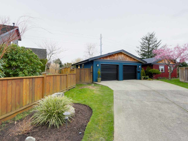 5409 WILDWOOD CRESCENT  - Cliff Drive House/Single Family for sale, 2 Bedrooms (R2040144) #1