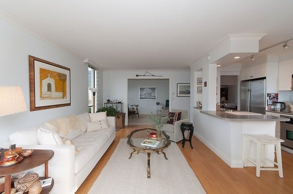 701 - 2150 Bellevue Ave, West Vancouver - Dundarave Apartment/Condo for sale, 2 Bedrooms (R2060382) #4