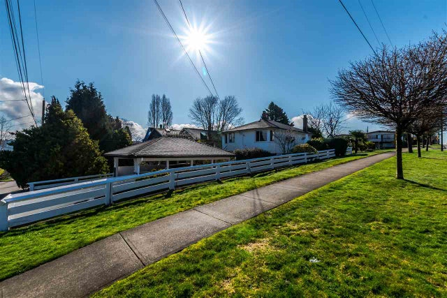 2905 TRINITY STREET - Hastings East House/Single Family for sale, 4 Bedrooms (R2155730)