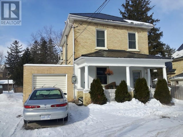 115 VICTORIA Street  - Walkerton House for sale, 5 Bedrooms (410436000419700) #1