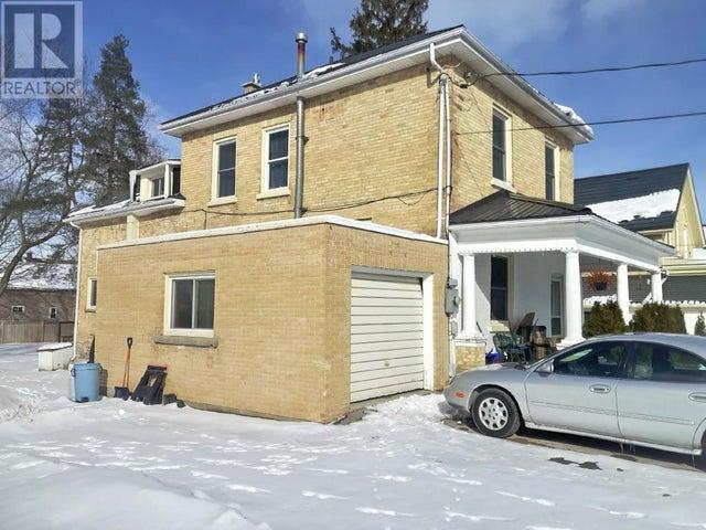 115 VICTORIA Street  - Walkerton House for sale, 5 Bedrooms (410436000419700) #3