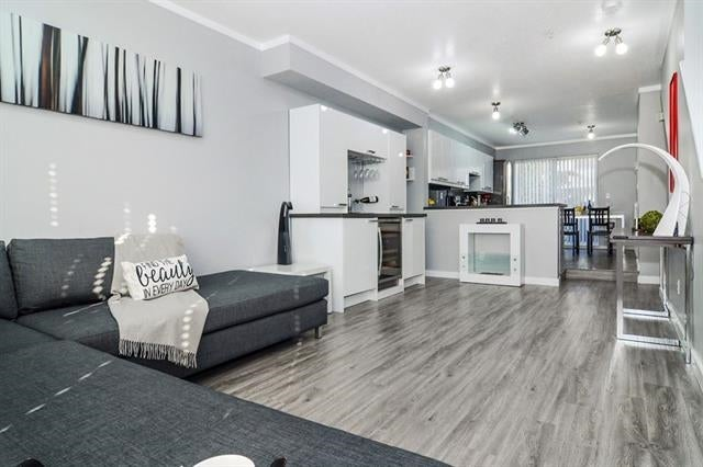 58 7179 201 Street - Willoughby Heights Townhouse for sale, 3 Bedrooms (R2344911) #1