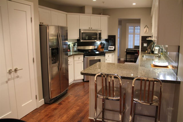 16 222 E 5TH STREET - Lower Lonsdale Townhouse for sale, 3 Bedrooms (R2225719) #2