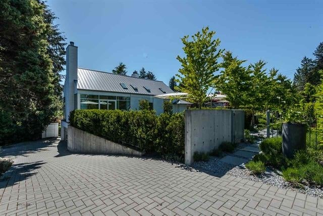 992 16TH STREET - Ambleside House/Single Family for sale, 6 Bedrooms (R2064314) #2