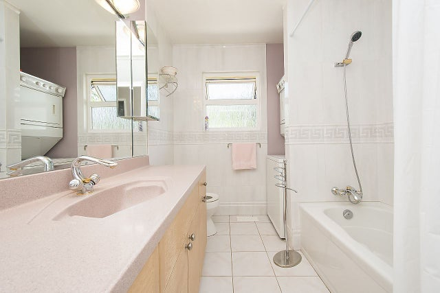 854 E 16TH STREET - Boulevard House/Single Family for sale, 4 Bedrooms (R2183961) #9