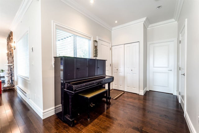 324 E 24TH STREET - Central Lonsdale House/Single Family for sale, 4 Bedrooms (R2211581) #8